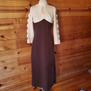 1970s Unlabeled Brown & Ivory Polyester Maxi Dress